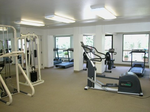 Fitness Center l Tara Hill Apartments in Anaheim, CA