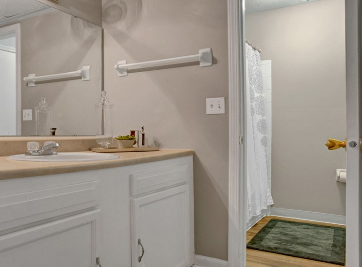 Signature Series Studio Bathroom