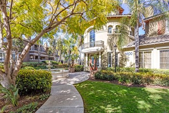 11600 Compass Point Dr. N. 2-3 Beds Apartment for Rent Photo Gallery 1