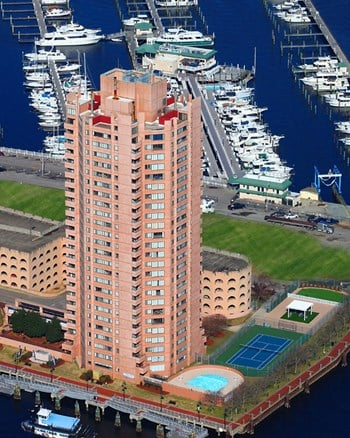 1 Harbor Court 1 Bed Apartment for Rent Photo Gallery 1