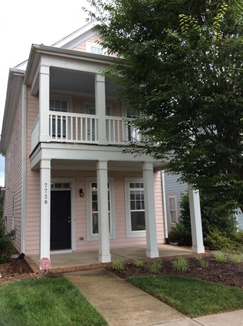 7738 ACC Blvd 3 Beds House for Rent Photo Gallery 1