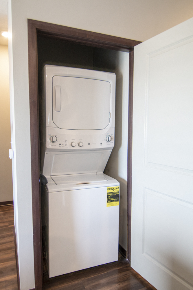 Van Gogh B5S with den--360 at Jordan West new luxury apartments in Des Moines IA