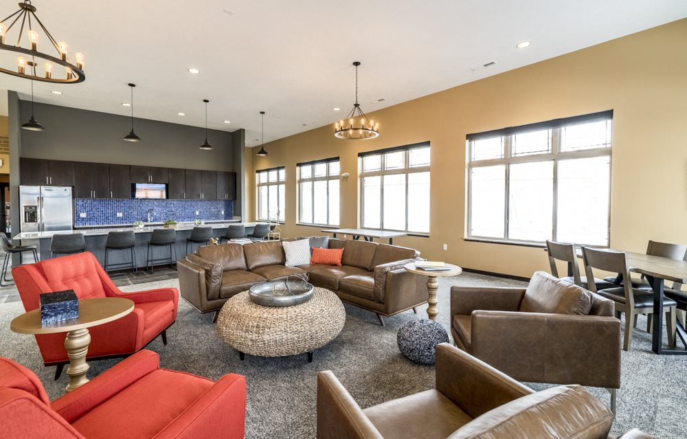 360 At Jordan West New Luxury Apartments Near Creek In Des Moines Ia 50266