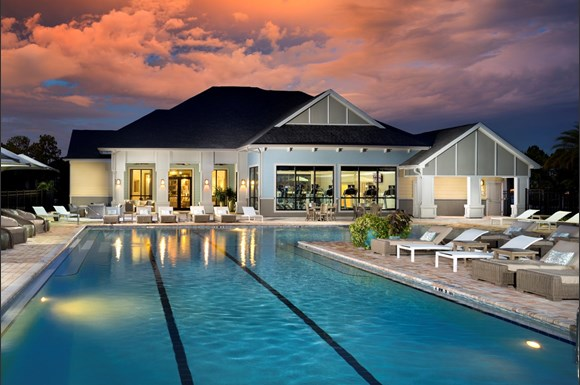 Luxe Lakewood Ranch