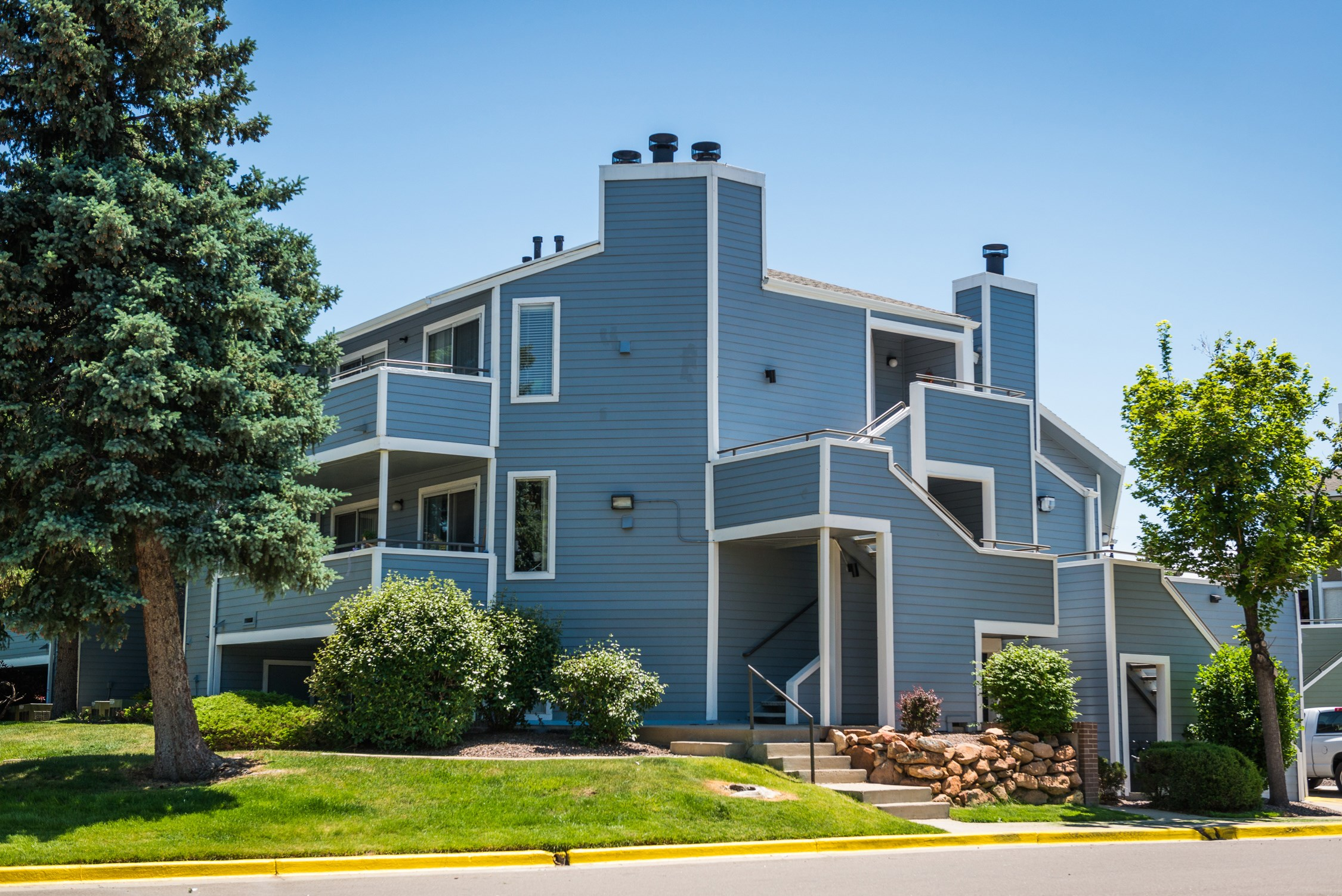 Exterior at Conifer Creek Apartments in Aurora, CO