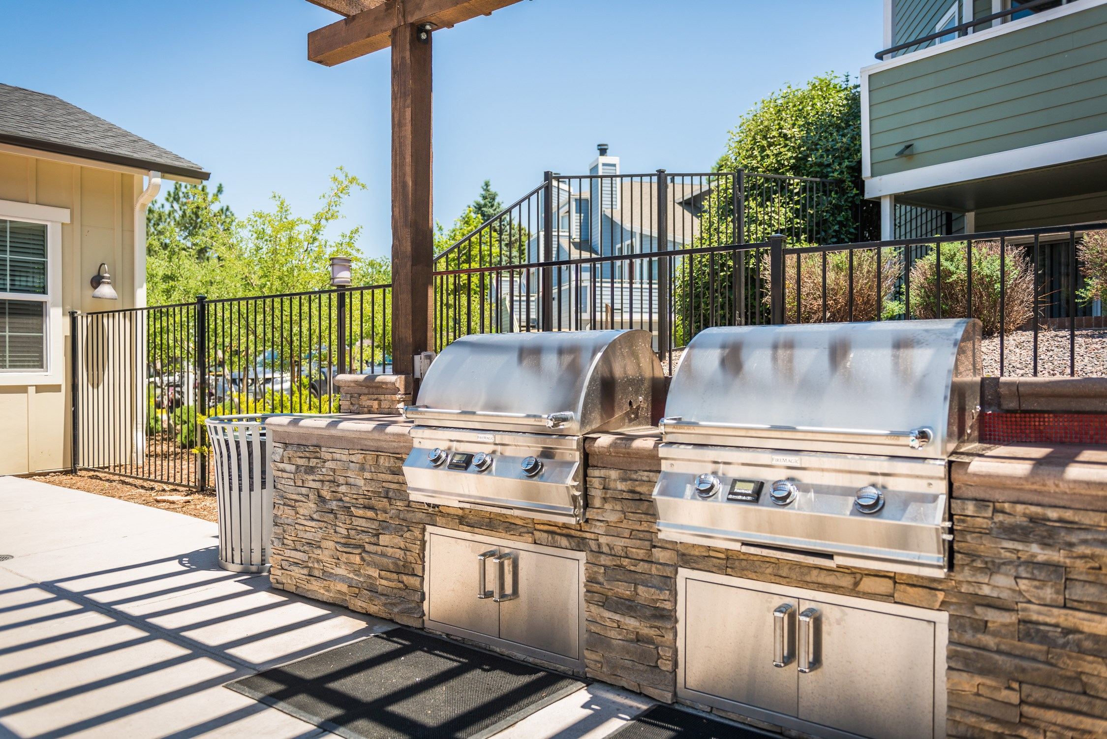 Grills at Conifer Creek Apartments in Aurora, CO