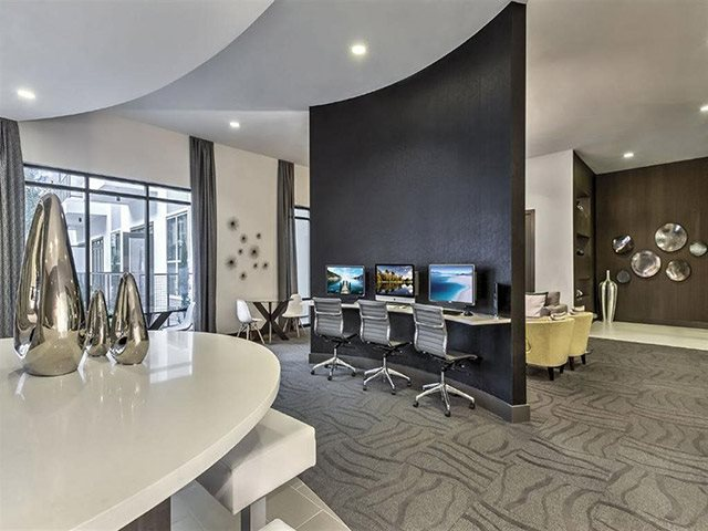 Business Center and Residents Lounge at Windsor CityLine