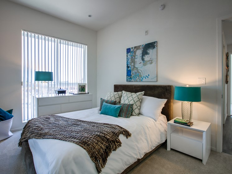 Spacious Bedrooms at Legendary Glendale Apartment Homes, Glendale, CA 91203