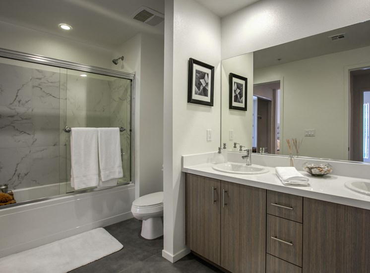 Large Bathrooms with Modern Fixtures, at Apartments in Glendale, Legendary Glendale, CA, 91203
