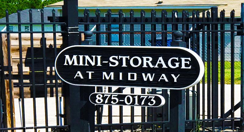 Raeford homepagegallery 1 & MiniStorage @ Midway | Self Storage Units in Raeford NC