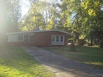 3860 Thomas Avenue 3 Beds House for Rent Photo Gallery 1