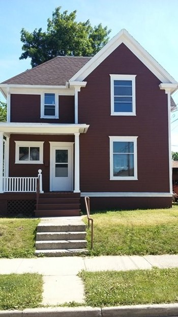 1115 English St 3 Beds House for Rent Photo Gallery 1