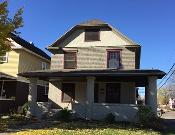 101 Illinois Ave 4 Beds House for Rent Photo Gallery 1