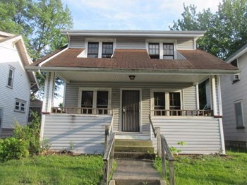 130 E Emerling Ave 3 Beds House for Rent Photo Gallery 1