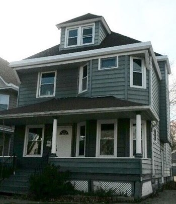 3252 W 98th St 4 Beds House for Rent Photo Gallery 1