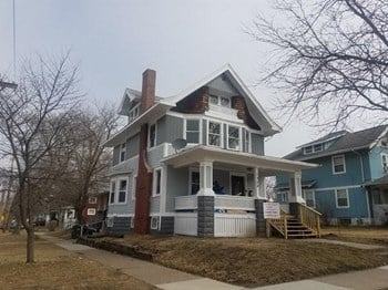 1700 Bever Avenue SE 4 Beds House for Rent Photo Gallery 1