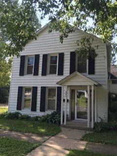 201 West Center St 4 Beds House for Rent Photo Gallery 1