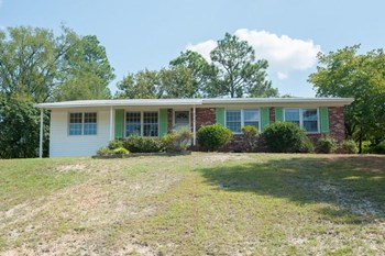 4942 Pinewood Drive 4 Beds House for Rent Photo Gallery 1