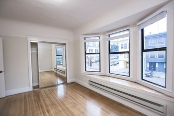 390 29th Avenue 1-2 Beds Apartment for Rent Photo Gallery 1