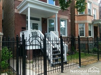 3743 W Shakespeare Avenue Unit 1 3 Beds House for Rent Photo Gallery 1