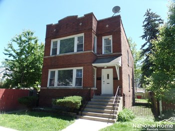 4319 W Roscoe Street Unit 1 2 Beds House for Rent Photo Gallery 1