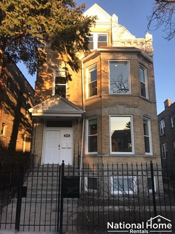 2721 N Central Park Ave Unit 2 4 Beds House for Rent Photo Gallery 1