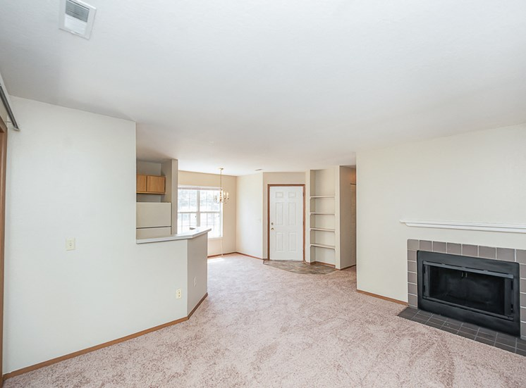 Apartments in Toledo, OH fireplace