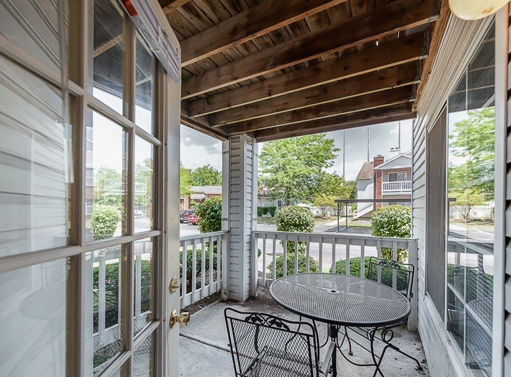Apartments in Toledo, OH patio