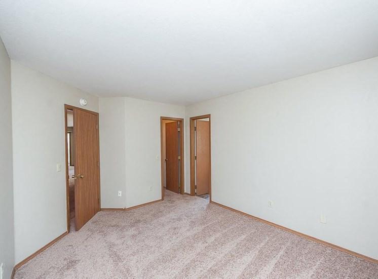 Apartments in Toledo, OH room