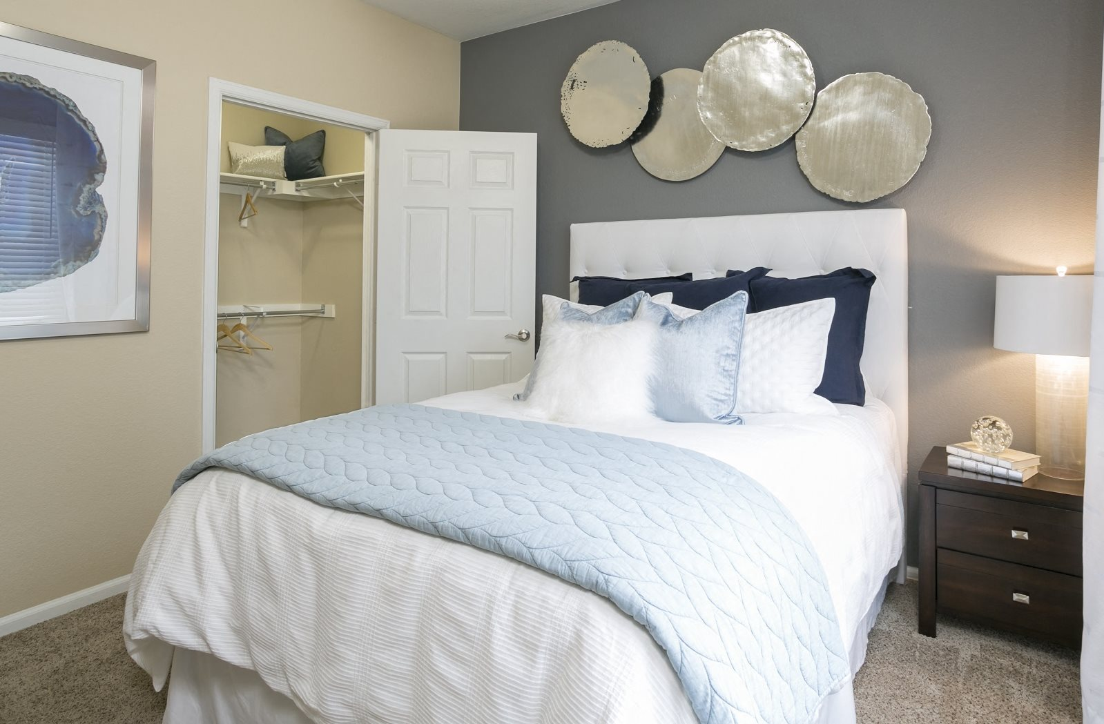 Apartments for rent in aurora co crestone apartments - One bedroom apartments aurora co ...