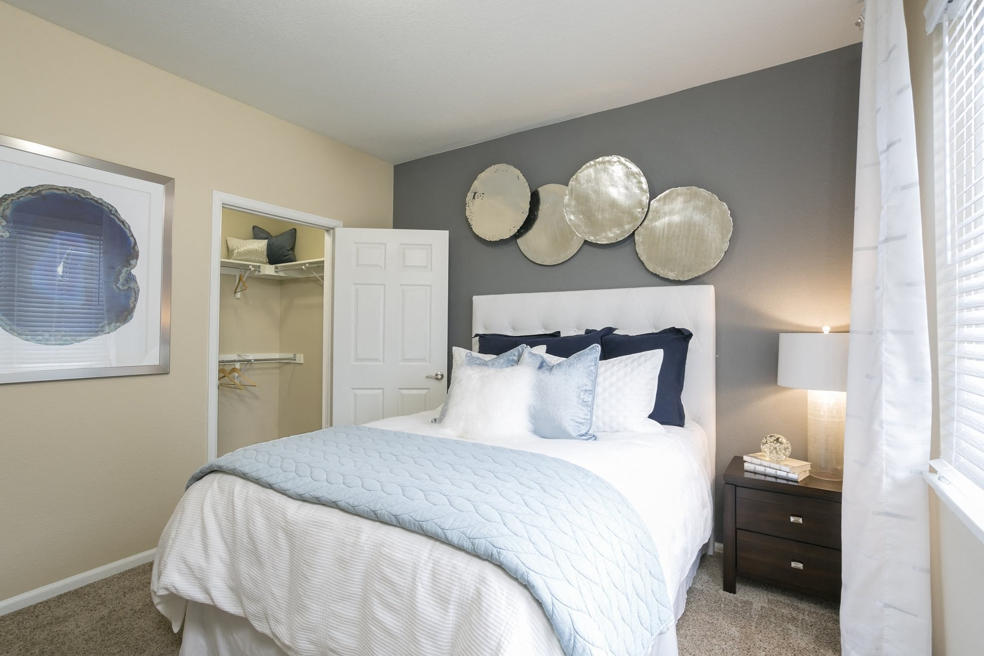 Photos of crestone apartments in aurora co photos - One bedroom apartments aurora co ...