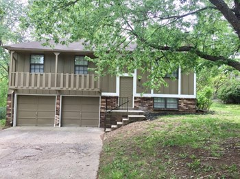 4912 NW Pennington Ln 3 Beds House for Rent Photo Gallery 1