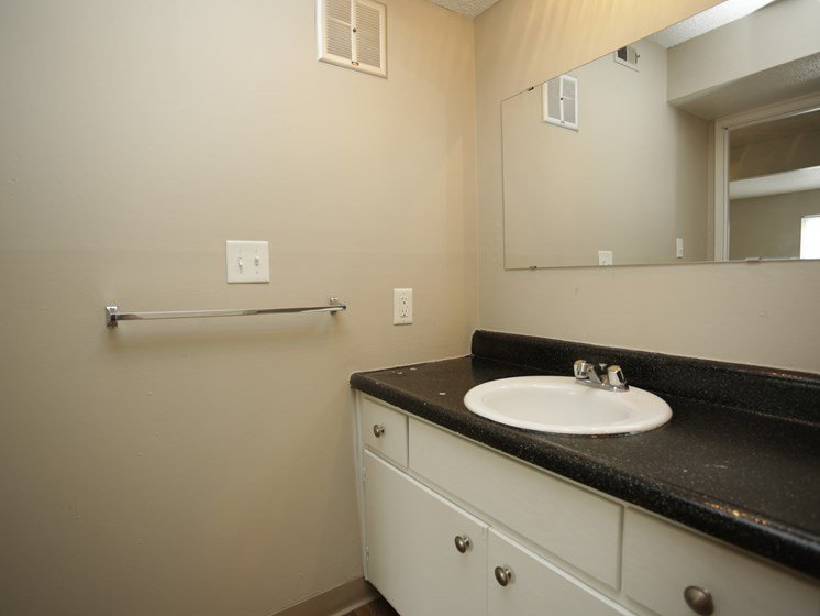 Spacious bathroom at Forest Park Apartments in North Kansas City, MO