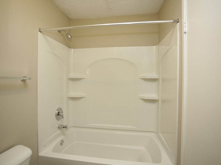 Spacious shower and tub at Forest Park Apartments in North Kansas City, MO