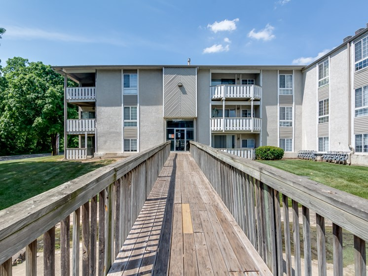 Boardwalks at Forest Park Apartments in North Kansas City, MO