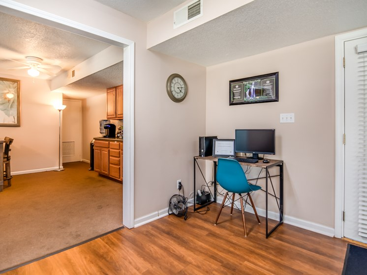 Resident business cente at Forest Park Apartments in North Kansas City, MO
