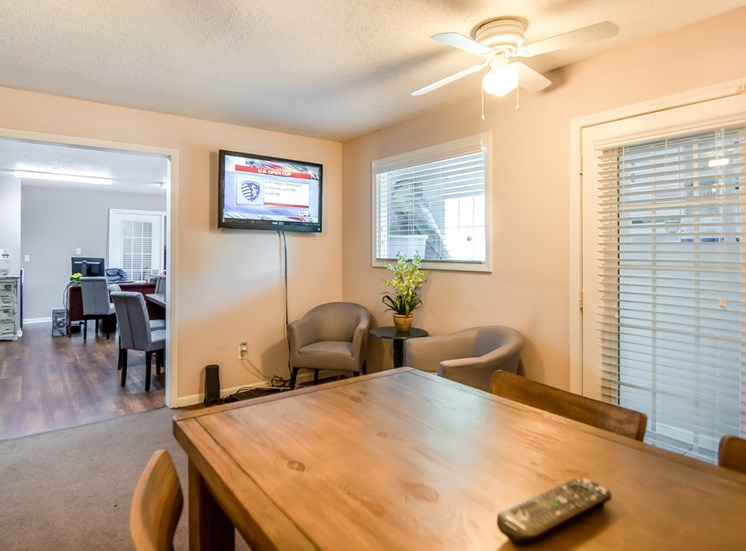 Resident community room at Forest Park In Kansas City, MO and in North Kansas City, MO