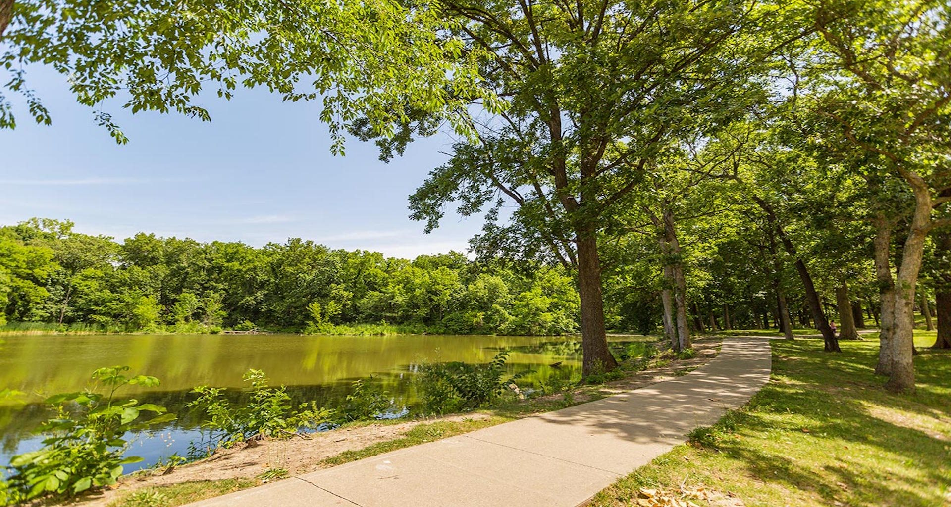 Forest Park Apartments | Apartments in Kansas City, MO