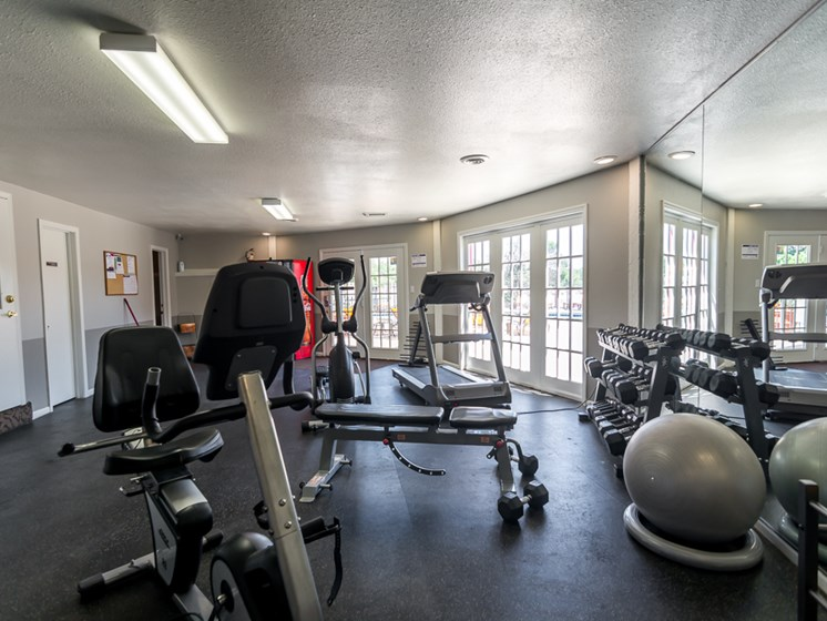 24 hour gym at Regency North Apartments in North Kansas City, MO