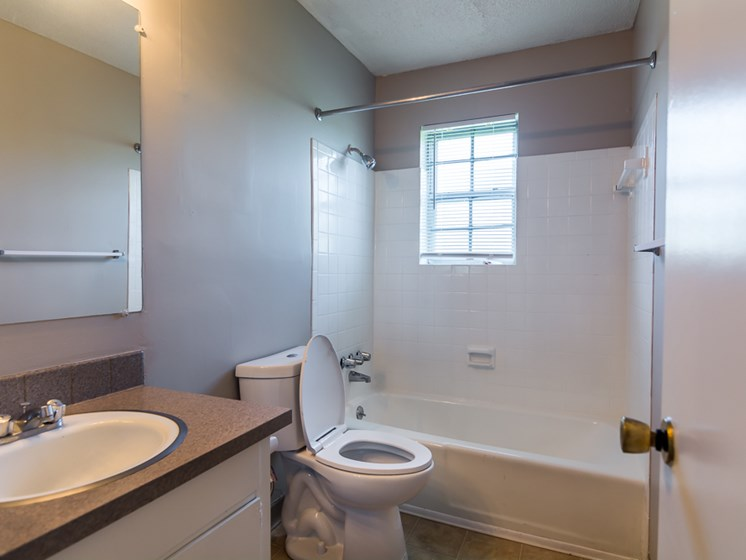 Huge tub and shower at Regency North Apartments in North Kansas City, MO