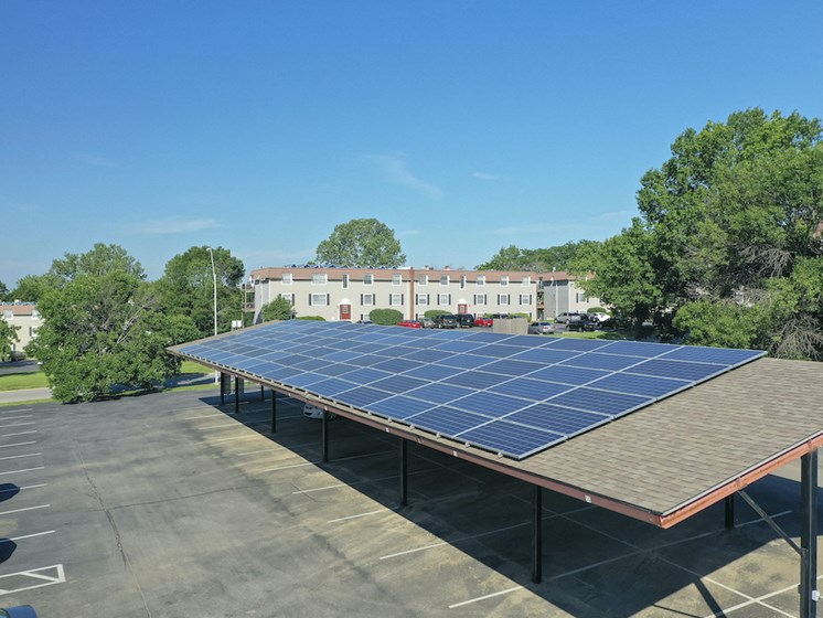 Apartments in Kansas City Solar Panels