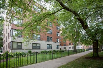 1215 E. Hyde Park Blvd. Studio-2 Beds Apartment for Rent Photo Gallery 1