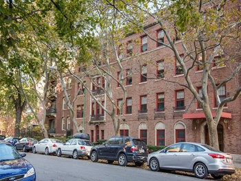 5345 South Harper Ave. Studio-2 Beds Apartment for Rent Photo Gallery 1