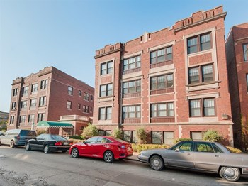 5316 South Dorchester Avenue Studio-2 Beds Apartment for Rent Photo Gallery 1