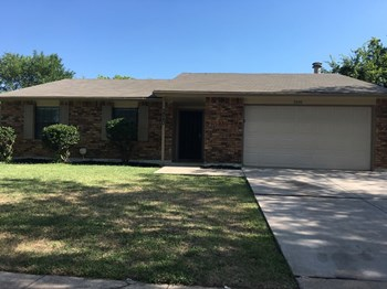 3240 Chalmette Ct 3 Beds House for Rent Photo Gallery 1