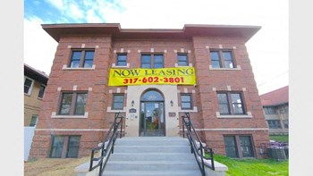3603 N. Washington Boulevard 1-2 Beds Apartment for Rent Photo Gallery 1
