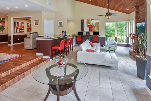 Resident Room | The Park at Elland Apartments in Clearwater, Fl