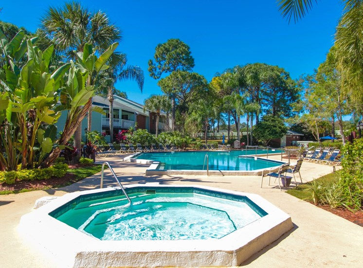 Hot Tub | The Park at Elland Apartments in Clearwater, Fl