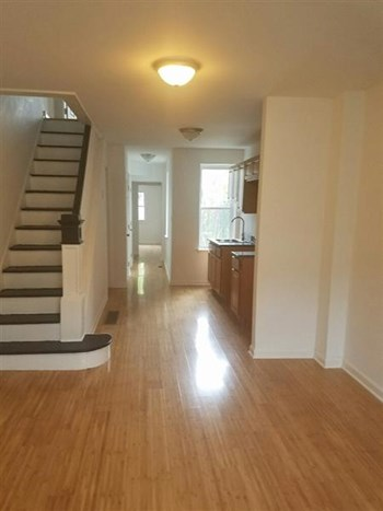 2528 N Water St 3 Beds House for Rent Photo Gallery 1