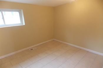 1217 W Cumberland St 3 Beds House for Rent Photo Gallery 1